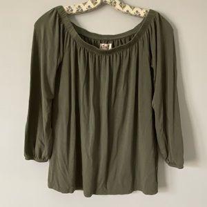 Hollister army green shirt
